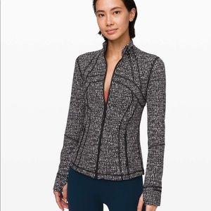 Lululemon Define Jacket in Luxtreme!!